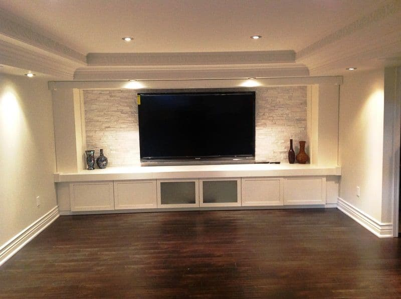 basement with a bench
