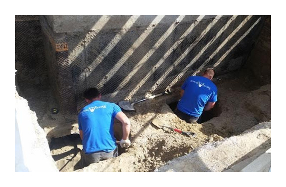 Finishing an unfinished basement at the process of underpinning